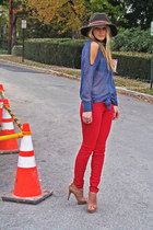 Costa Blanca blouse - Rich and Skinny jeans - Urban Outfitters hat - BCBG heels