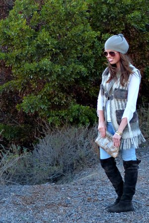 suede calvin klein boots - striped Forever 21 jeans - beanie H&M hat