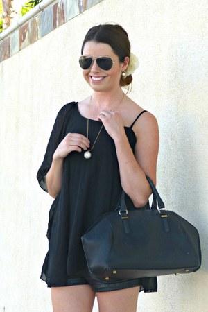 leather H&M shorts - bowler Zara bag