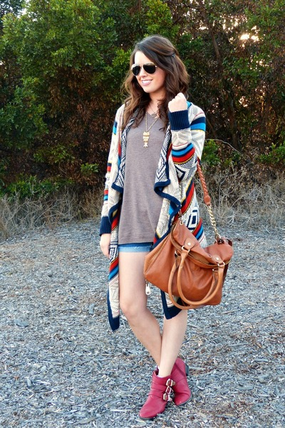 aztec Old Navy sweater - red Forever 21 boots - brown Steve Madden bag