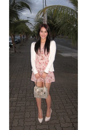 light pink floral dress - cream leopard print bag - off white heels
