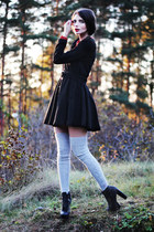 black romwe coat - black everest Jeffrey Campbell boots