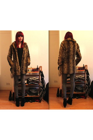 gold fake fur new look jacket - heather gray skinny new look jeans