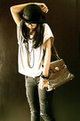 Silver-endorse-delight-shirt-black-nyla-jeans-black-cherokee-hat