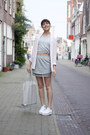Gina-tricot-blazer-other-stories-bag-weekday-skirt