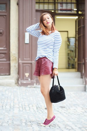ruby red leather H&amp;M shorts - maroon Bensimon shoes - black Uterque bag