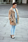 Vintage-coat-topshop-jeans-vintage-sweater-uterque-heels