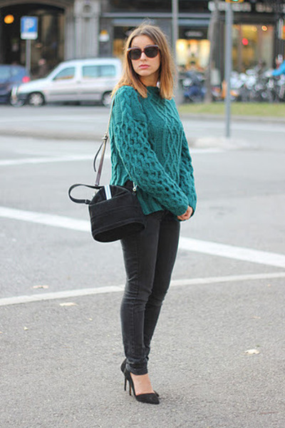 dark green H&amp;M Trend sweater - black Mango jeans - black Uterque bag