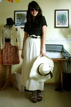 beige Bali hat - black Esprit shirt - black sunglasses - neutral maxi vintage sk