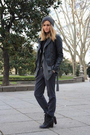 gray Sfera pants