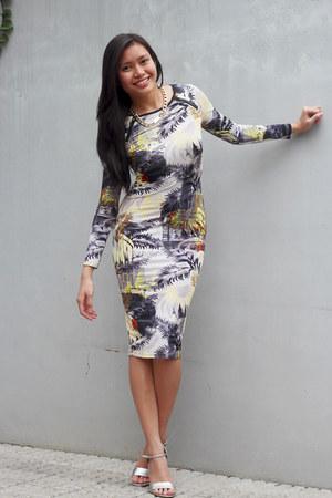 print Topshop dress - chain cotton on necklace - silver Aldo heels