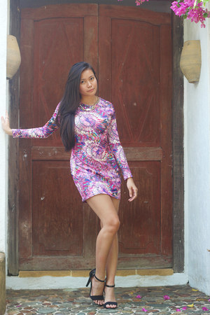 print SM dress - chain cotton on necklace - barely there Amazon heels