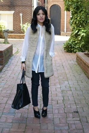 Zara boots - H&M coat - Celine bag - H&M top - Hermes bracelet