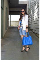 white Zara blazer - Zara shirt - cobolt H&M bag - distressed Forever 21 shorts