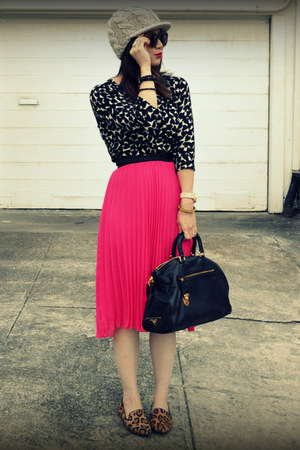H&M skirt - H&M sweater - Prada bag - Steve Madden loafers