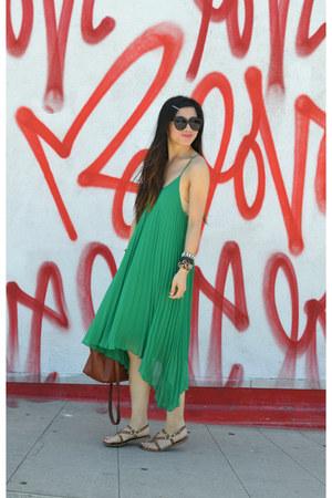 H&M dress - 31 Phillip Lim x Target bag - Cynthia Rowley x Target sandals
