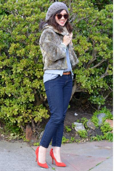 faux fur thirfted jacket - Forever 21 jeans - Karen Walker sunglasses
