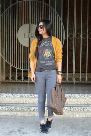 pashli 31 Phillip Lim bag - mustard Forever 21 cardigan - mens Target t-shirt