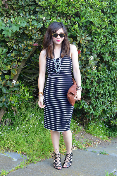 DIY necklace - French Connection dress - Clare Vivier bag