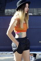 cropped VPL top - shirt - track acne shorts