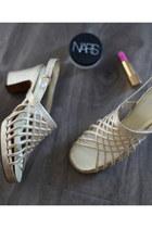 1960s vintage sandals