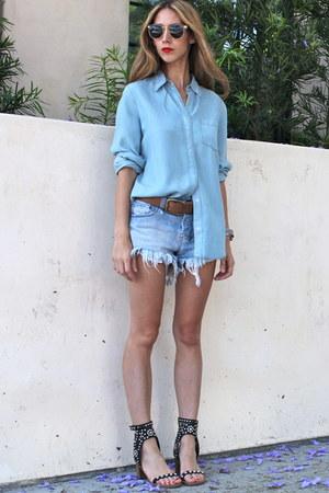 Ksubi shorts - Illesteva sunglasses - carol Isabel Marant sandals