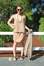 metallic vintage necklace - printed Forever 21 dress - H&M sunglasses