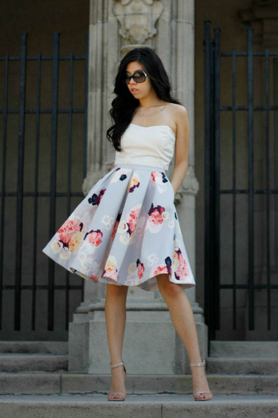 sky blue keepsake skirt - off white top - beige Steve Madden heels