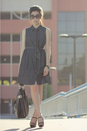 black Kooba bag - navy dress - black Chanel sunglasses