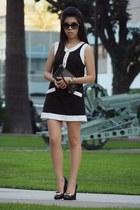 black Louis Vuitton bag - black Chanel sunglasses