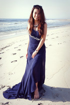 navy Faviana dress - black free people necklace