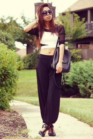 white DebShops top - black coach bag - black Charlotte Russe sunglasses
