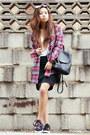 Maroon-asos-shirt-black-coach-bag-black-forever-21-skirt