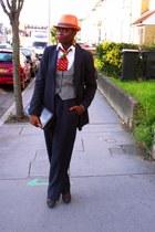 CJAJ09 tie - thrifted hat - banana republic bag - thrifted vest - Aldo heels