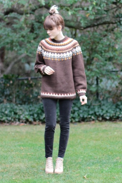 vintage sweater - Rachel Comey shoes - Uniqlo pants