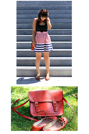 red Misako bag - navy Camden Market dress - red ray ban wayfarer sunglasses