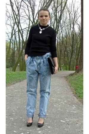 sweater - jeans - shoes - accessories - necklace