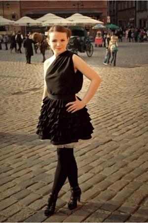 DIY skirt - DIY blouse - tights - Graceland shoes