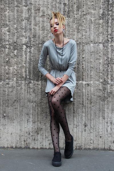 gray dress Zoe Phobic dress