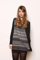 nordic Zoe Phobic sweatshirt