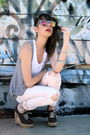 Pink-current-elliot-jeans-brown-chloe-shoes-gray-80s-purple-sunglasses