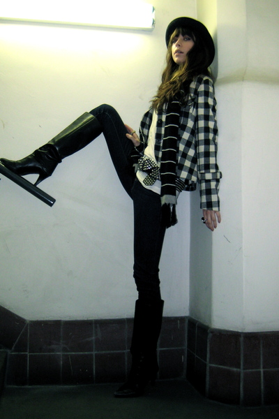 black Ivy blazer - white H&M shirt - blue J Brand jeans - black VNTAGE boots - s