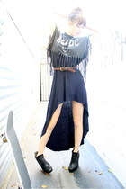 navy LF dress - black boots boots - black vintage t-shirt