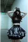 Black-katy-rodriguez-bra-gray-katy-rodriguez-skirt