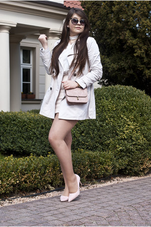 tan Bershka coat - white zaful shirt - pink Rosegal bag - beige zaful skirt