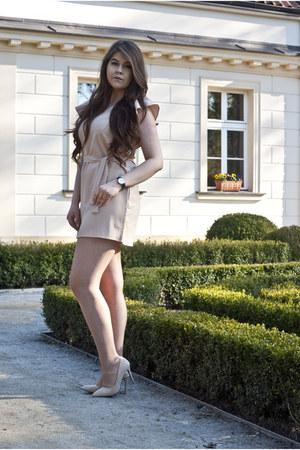 tan dresslily dress