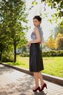 Black-leather-river-island-skirt-charcoal-gray-wolf-print-topshop-top