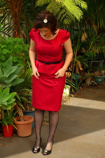 Red review dresses black forever new tights black jos quot little red