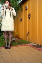 beige Review cardigan - beige Alannah Hill dress - black Forever New tights - bl