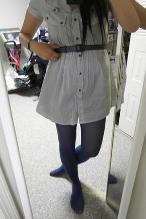 blue-grey, grey blue